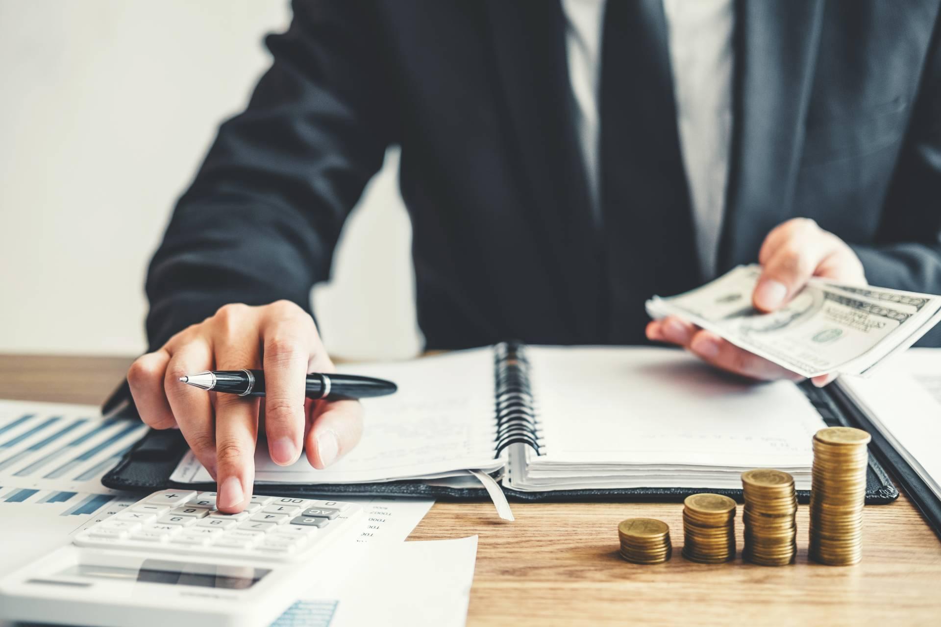 Rozliczenie podatku dochodowego z Nimeiec - Jakie krysteria trzeba spełniać?